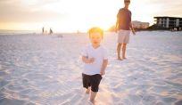 Come proteggere i bambini dal sole