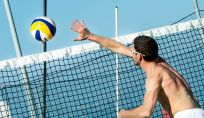 Il beach volley, sport in spiaggia d'estate