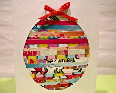 Biglietti di Pasqua a forma di uovo con carta riciclata