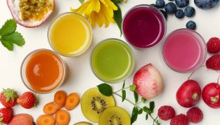 Dieta detox per depurare l'organismo dalle tossine accumulate