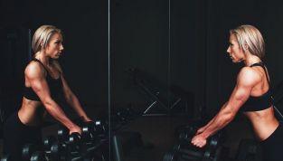 Tonificare le braccia con un allenamento facilissimo