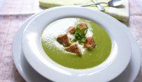 Vellutata di piselli, una gustosa minestra primaverile