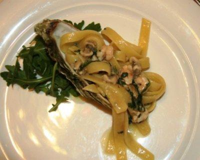 Fettuccine Ostriche Gamberetti e Rucola