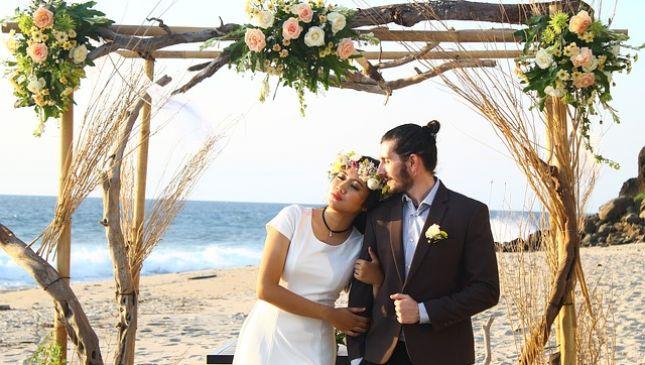Matrimonio in spiaggia, tutti i consigli per sposarsi in riva al mare