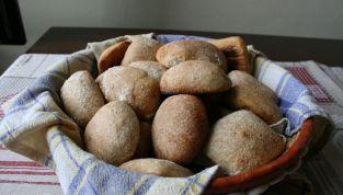 Panini con lievito madre, il rustico sapore del pane come una volta