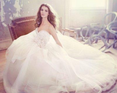 4 consigli per la scelta dell'abito da sposa in primavera