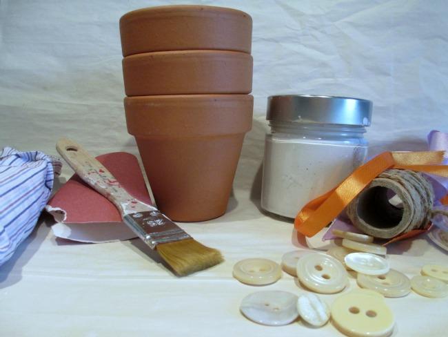 vasi terracotta decorazioni fai da te : Vasi Piante Shabby: Stencil motivo fiori shabby chic vaso per piante a ...