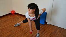 Affondi laterali per allenare glutei e gambe