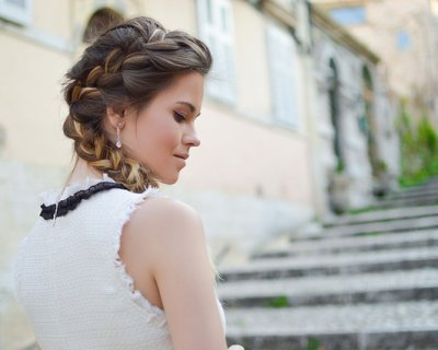 Trecce per capelli: video tutorial per acconciature glamour