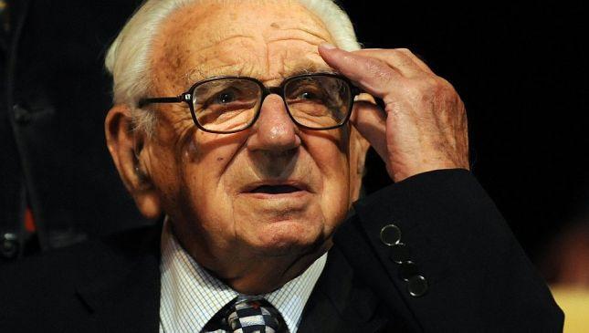 """Morto Nicholas Winton, lo """"Schindler inglese"""" che salvò 700 bambini"""