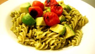 Fusilli in salsa d'avocado