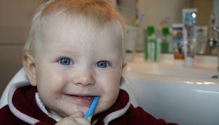 Prevenire la carie nei denti da latte