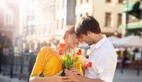 7 modi che lui usa per dire ti amo senza dirlo