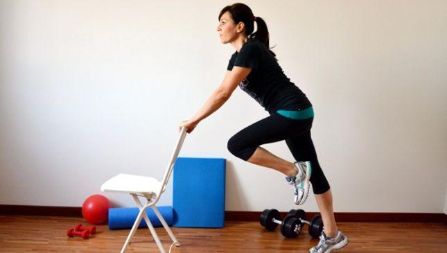 Esercizi per fianchi con facile training casalingo