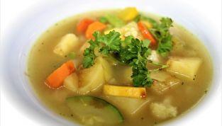 Dieta del minestrone: via i chili di troppo con la verdura