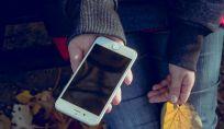 Consigli per pulire schermo di smartphone tablet