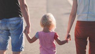Overparenting: l'ansia di educare i figli