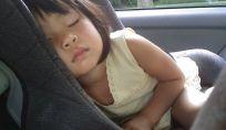 Seggiolini auto per bambini: sicurezza e normative