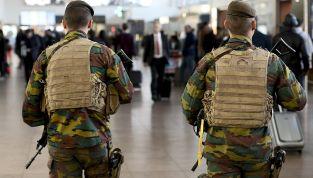 Attentato Bruxelles: bombe kamikaze in aeroporto e metro