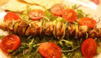 Spiedini di pollo e zucchine con limone e rosmarino
