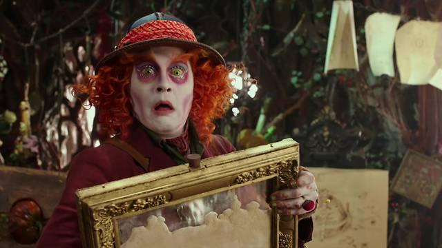 Alice attraverso lo specchio trama trailer recensione e - Cast alice attraverso lo specchio ...