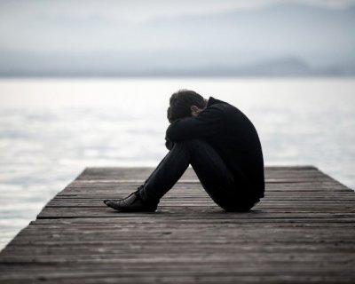 Uomini che vengono lasciati: perché faticano a riprendersi?