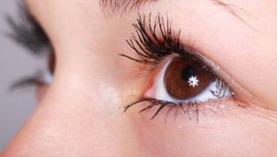 Omeopatia per gli occhi, consigli e suggerimenti per averli in salute