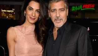 Clooney presto papà? Pare che Amal sia incinta di due gemelli