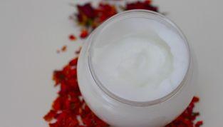 Maschere viso detox fai da te, illuminiamo la pelle in modo naturale