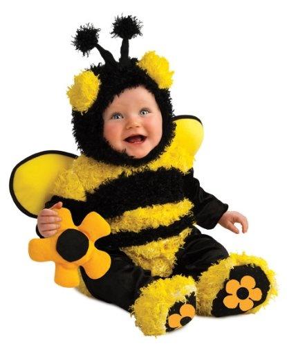 Per uscire un po  dai travestimenti di animali e orientarsi su un costume  un po  più strutturato per neonato vi consigliamo questo da Peter Pan  composto da ... fca03f905a9b
