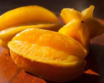 Carambola: il frutto dalle mille proprietà