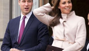Kate Middleton indossa un posticcio? Chissà...