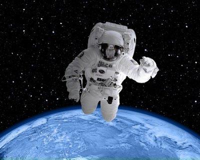 Yoga nello spazio