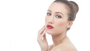 10 consigli per proteggere la pelle dallo smog