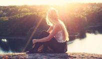 La solitudine non è sempre negativa: ecco 5 benefici!
