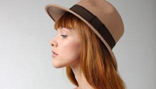 Quale cappello ti sta bene? Come scegliere quello giusto e come abbinarlo