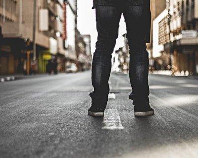 Vivere da sola in una nuova città: consigli e suggerimenti