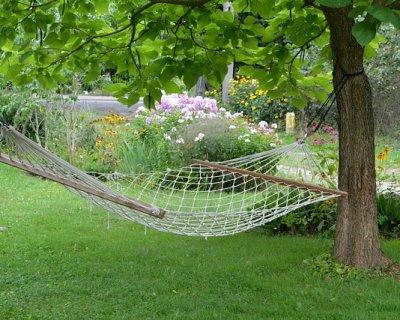 Dondoli e amache da giardino per la bella stagione