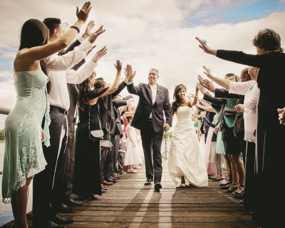 Matrimonio: invitati che vengono da lontano? Ecco come aiutarli