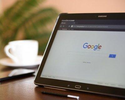 Parole più cercate sul web nel 2020, una la conosciamo. Ma le altre?