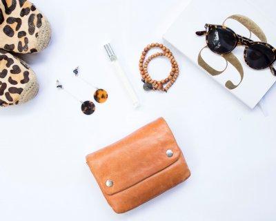moderno ed elegante nella moda codici promozionali sconto più basso Abbinare accessori
