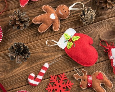 Regali Di Natale In Pannolenci.Palline Di Natale In Feltro Fai Da Te