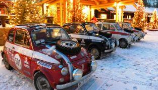 Fiat 500 consegna le lettere a Babbo Natale