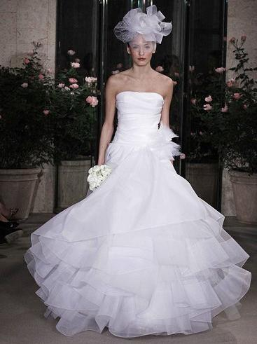 Abito sposa 2010 Oscar de la Renta