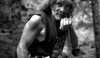 Mauro Corona, l'uomo che sussurra agli alberi
