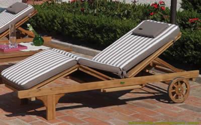 Arredamento da esterno in legno