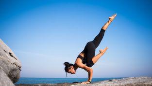 Yoga dinamico o power yoga