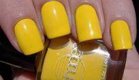 Smalto giallo trend estate 2011