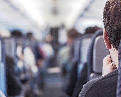 Consigli per lunghi viaggi in aereo