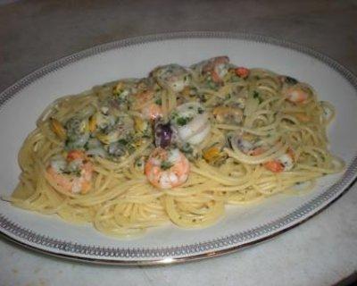 Fantasia di mare con spaghetti